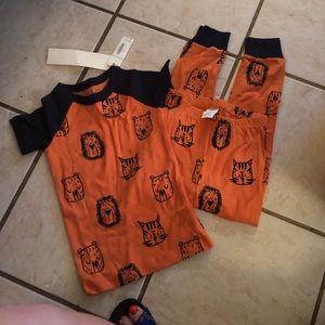 NWT-boys pajamas